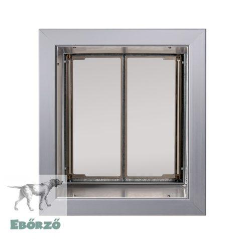 """PlexiDor® """"M"""" méretű falba építhető kutyaajtó - Ezüst színű"""